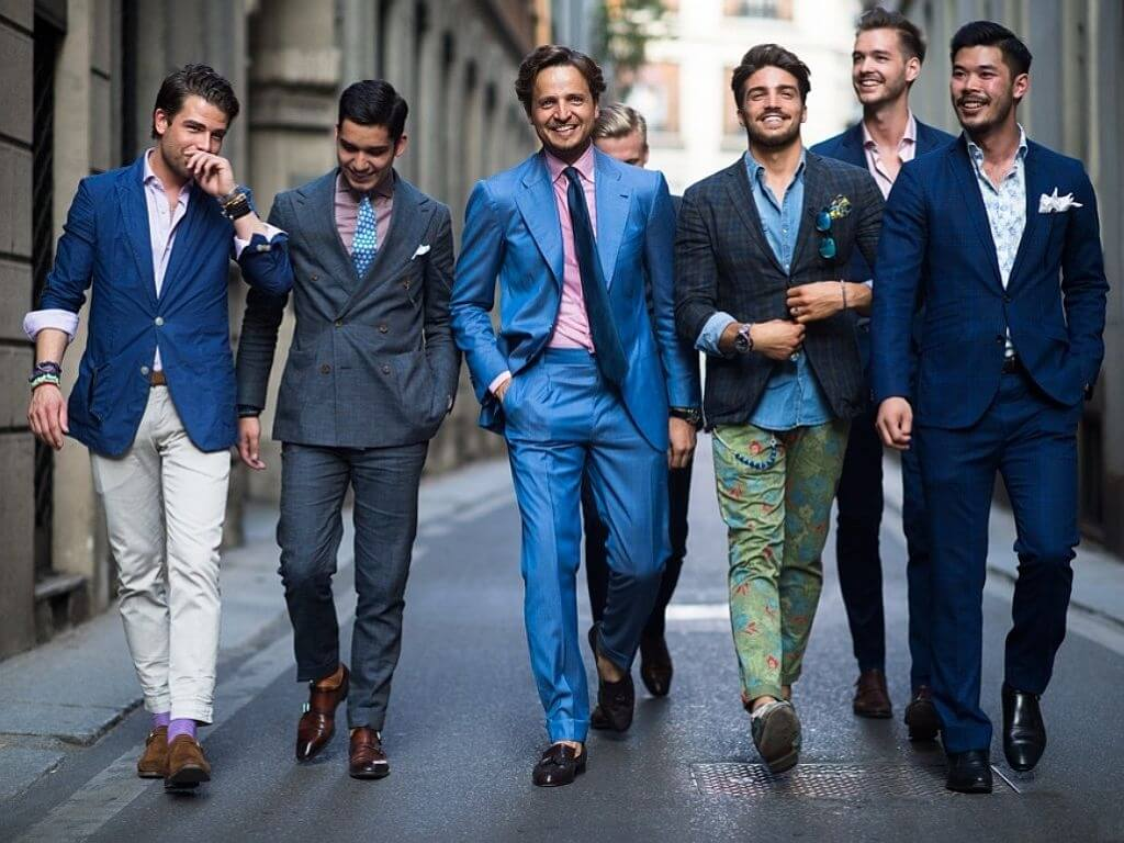 молодежные мужские костюмы
