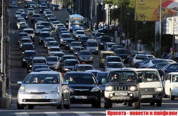 Пробка на Алеутской улице